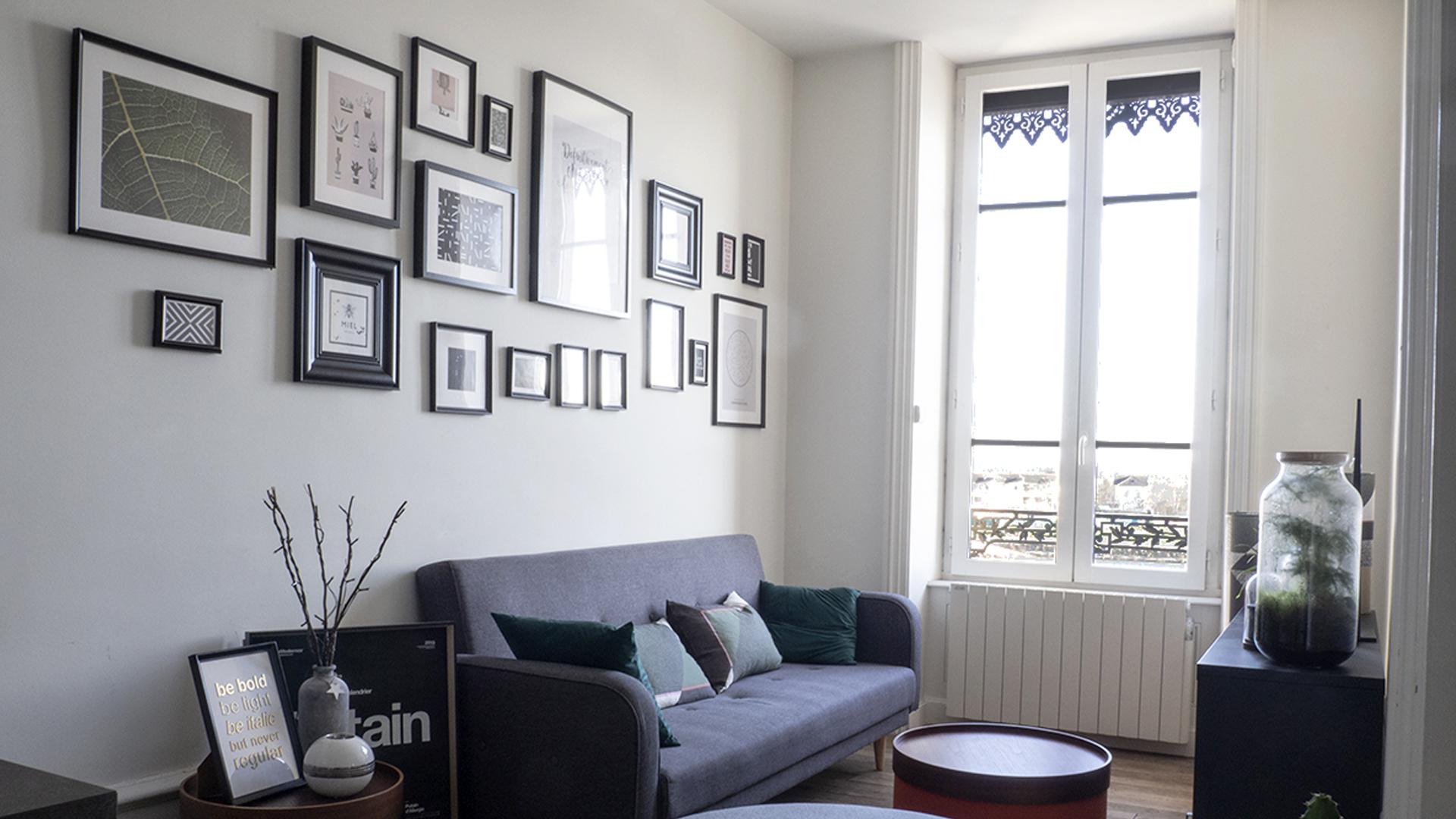 Salon nouvelle agence avec vue sur les quais de Saône de Mâcon